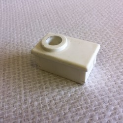 Bouchon blanc en PVC pour tube de 50x30 percé au diametre 12
